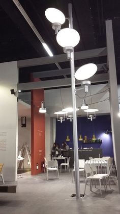 mac group stand SANTA & COLE light & Building 2016