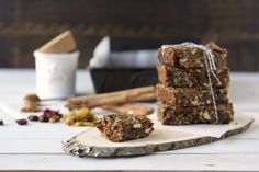 A Chewy Wintertime Paleo Granola Bar Paleo Granola Bars, Paleo Bars, Sugar Free Granola, Grain Free Granola, Gingerbread Bar Recipe, Dried Blueberries, Dried Figs, Paleo Breakfast, Paleo Diet