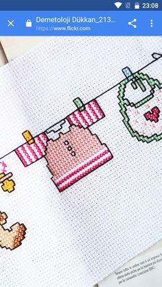 infantil- roupa Baby Cross Stitch Patterns, Cross Stitch For Kids, Cross Stitch Fabric, Cross Stitch Baby, Cross Stitch Designs, Cross Stitch Embroidery, Hand Embroidery, Palestinian Embroidery, Pixel Pattern