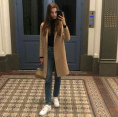 Fashion Models, Fashion Outfits, New York Life, Oui Oui, Style Me, Winter Fashion, Duster Coat, Normcore, Celebs
