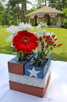 front porch table ideas | This DIY American flag centerpiece from 'Home Depot' couldn't be ...