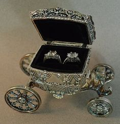Vintage Cinderella Styled Ring Holder by theresa