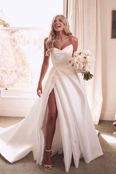 Cute Wedding Dress, Wedding Dress Trends, Princess Wedding Dresses, Dream Wedding Dresses, Bridal Dresses, Dresses For Weddings, Rustic Elegant Wedding Dress, Wedding Dresses With Slit, Dress Wedding
