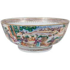 Chinese Export Punch Bowl with Mandarins 10.5 inches diameter| From a unique collection of antique and modern bowls at https://www.1stdibs.com/furniture/dining-entertaining/bowls/