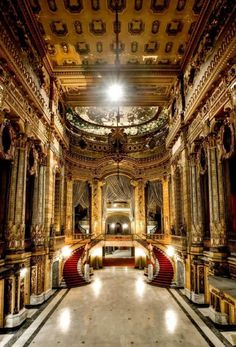 Its a shame this theatre is left unattended to. i saw Phantom here when i was a boy. Neglected Beauty – Photos of Abandoned Buildings by Carey Primeau, this old theater in Chicago is amazing! Abandoned Buildings, Abandoned Property, Abandoned Castles, Abandoned Mansions, Old Buildings, Abandoned Places, Beautiful Architecture, Beautiful Buildings, Beautiful Places
