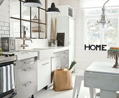 7 Tips To Have The Best Industrial Kitchen Style! 5 industrial kitchen style 7 Tips To Have The Best Industrial Kitchen Style! 7 Tips To Have The Best Industrial Kitchen Style 5 Kitchen Inspirations, Interior Design Kitchen, House Interior, Home Kitchens, Home, Kitchen Remodel, Modern Kitchen Design, Industrial Kitchen Design, Home Decor
