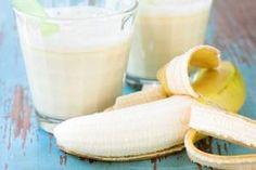 Smoothie détox banane-figues - 1 banane - 150 g de figues - 20 cl de lait Epluchez la banane et les figues et coupez le tout en rondelles. Mélangez tous les ingrédients et mixez dans un blender pendant 30 secondes.