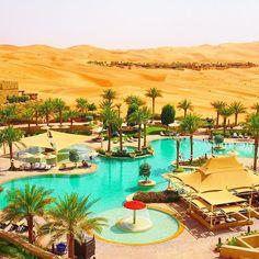 "【UAE・Abu Dhabi】 ""Qasr Al Sarab Desert Resort by Anantara"" in Abu Dhabi. It was the most interesting hotels. ドバイからアクセスも可能なアブダビのリワ砂漠の中にあるリゾートホテル。部屋からの眺めはまるでオアシス!世界の面白いホテルめぐりをするのが好きな私ですが、このホテルは忘れられない素敵な場所でした。 Photo by TAJIHARU _ #アラブ首長国連邦 #アブダビ #ドバイ #オアシス #砂漠 #リゾート #ホテル #絶景 #中東 #タビジョ #旅ガール #unitedarabemirates #uae #abudhabi #dubai #emirates #etihad #qasralsarabdesertresort #qasralsarab #anantara #oasis #desert #resort #hotel #igersjp #webstagram #photooftheday #travelgram #instatravel"