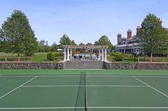 Sunken Tennis Court in the Hamptons.  OMG - stunning!