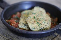 Almond Crusted Chicken Schnitzel     http://www.thehealthychef.com/2011/04/almond-crusted-chicken-schnitzel/#