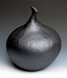 Black Vase One by LeeDanielsClayWorks on Etsy Glass Ceramic, Ceramic Pottery, Pottery Art, Ceramic Art, Moving Walls, Black Vase, Black Clay, Ceramic Design, Diy Design