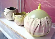 Wrap clay around a balloon; the clay can shrink w/no stress or cracks. After the clay has set, make a tiny hole in the neck of the balloon; it slowly deflates. Hand Built Pottery, Slab Pottery, Ceramic Pottery, Pottery Art, Pottery Ideas, Ceramics Projects, Clay Projects, Clay Crafts, Ceramic Techniques