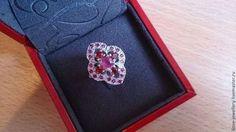 """""""Магнолия"""" - красивое кольцо с рубинами и красными сапфирами - фуксия"""
