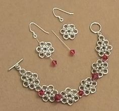 Japanese 12-in-2 chain maille pattern. Rather than using jump rings to link the daisies you can use beads or bicones