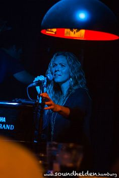 Anri Coza beim Songwriter Abend im Zwick Altona - Soundhelden   Hamburgs Musikpinnwand