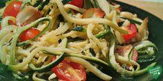 zucchini nudeln mit tomaten und paprika, low carb Diät rezept