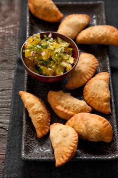 These beef empanadas made with a tender crust and a savory beef raisin and olive filling are a fantastic food for snacking. Empanadas Recipe Dough, Beef Empanadas, Mexican Food Recipes, Beef Recipes, Cooking Recipes, Recipies, Raisin Recipes, Cuban Cuisine, Homemade Chicken Stock