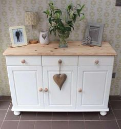 Buffet Shabby Chic, Shabby Chic Dining, Shabby Chic Living Room, Shabby Chic Bedrooms, Shabby Chic Kitchen, Shabby Chic Furniture, Shabby Chic Decor, Upcycled Furniture, Vintage Furniture