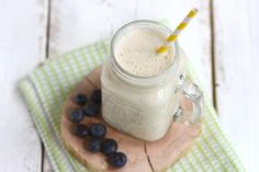 Lekker en Simpel uploaded this image to See the album on Photobucket. Kiwi Smoothie, Fruit Smoothies, Healthy Smoothies, Clean Recipes, Keto Recipes, Shake Diet, Us Foods, Blender Recipes, Recipe Details