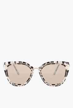 Temple Sunglasses from Bonnie Clyde. Feature a marbled frame with wire detailing, silver mirror lenses, and small-medium fit.  - 100% UV Protection - Glare reduction - Scratch-resistant coating - Made from Stainless Steel & Acetate