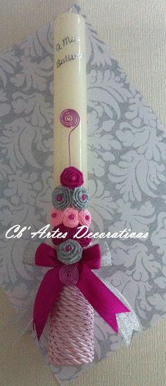 Vela personalizada para batizado Handmade Candles, Diy Candles, Diy And Crafts, Arts And Crafts, Greek Easter, Candle Art, Palm Sunday, Easter Crafts, Vintage Images