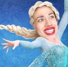 Miranda sings- frozen lol that would be wierd could u imagine let it goooo let it goooooo in Miranda's ongoing voice lol