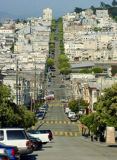 Lombard Street, #San #Francisco. Explore ideas for your next vacation: http://georama.com/#Welcome/No