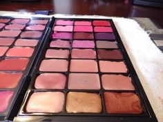 Neapolitan Beauty: DIY Custom Lipstick Palette