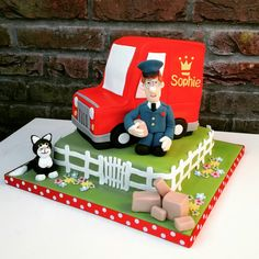 Pat Postman or Pieter Post Birthday cake using fondant, van is also cake, all handmade -Taartmama.nl