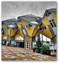 Cubic houses @ Rotterdam, NL