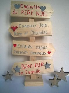 Christmas decoration arrow sign to ask - activités noel - noel Christmas Drinks, Christmas Time, Christmas Crafts, Decoration Creche, Deco Table Noel, Nature Table, Merry Xmas, Holidays And Events, Painting On Wood