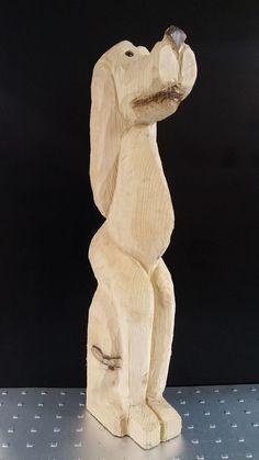 Hund aus Holz, geschnitzt mit der Kettensäge, Höhe ca. 68 cm http://www.holzdesign-leitner.ch/shop.html#!/Hund/p/59933115/category=14935869