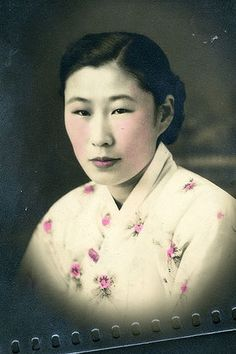 """South Korean Kim Bok-dong, now 90 years old, was taken from her home village at and abused as a """"comfort woman"""" by the Japanese Army. Here she gives a rare insight into her horrific experience and her continued fight for justice. Women In History, World History, World War, Great Women, Amazing Women, Les Continents, Interesting History, What Is Like, Historical Photos"""