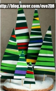 Wonderful Christmas Craft for Kids to Make Fun and Easy Christmas Crafts to Make With Kids This article is about fun and easy thing we do on Christmas holiday. Yes, wonderful Christmas craft for ki… Christmas Decorations For Kids, Christmas Crafts For Kids To Make, Christmas Projects, Kids Christmas, Kids Crafts, Crafts For Seniors, Sand Crafts, Craft Kids, Kids Diy