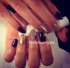 black , nude and gold gel nail design#nailart
