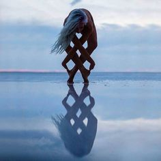 Photography Pics, Amazing Photography, Great Pictures, Cool Photos, Montage Photo, Foto Pose, Belle Photo, Illusions, Photo Art