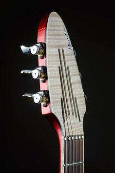 LA GUITARE . COM - interviews luthiers - pierrick brua interview et modèle phantom lutherie pierrick brua Interview et modèle phantom the holy grail guitar show 2014 - GUITARE