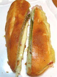 The Cubano: Miami vice - Flourish - King Arthur Flour Croissant Sandwich, Kubanisches Sandwich, Cubano Sandwich, Roast Beef Sandwich, Sandwich Recipes, Deli Sandwiches, Miami Vice, I Love Food, Good Food