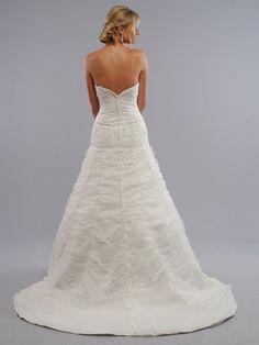 A-line Strapless Applique Sleeveless Court Trains Organza Wedding Dresses