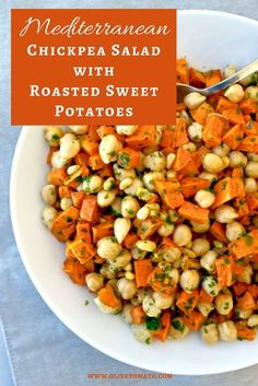 Mediterranean Diet Roasted sweet potatoes topped with chickpeas, toasted pine nuts, parsley and a lemon-olive oil dressing. Delicious, hearty and healthy Medeteranian Recipes, Greek Recipes, Wine Recipes, Italian Recipes, Salad Recipes, Healthy Recipes, Recipies, Healthy Foods, Chicken Recipes