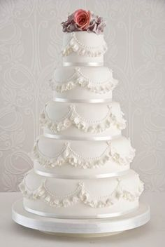 couture bridal shower   Couture Wedding Cakes Designs Ideas 2 Couture Wedding Cakes Designs ...