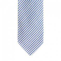 Elegantní pruhovaná kravata zjemného materiálu.