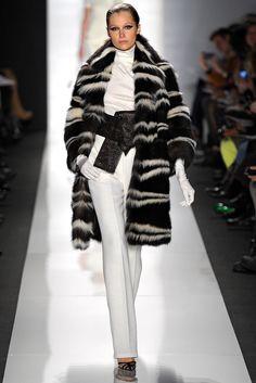 Ralph Rucci Fall 2013 Ready-to-Wear Fashion Show