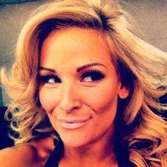 Natalya Neidhart (WWE Diva)