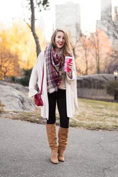cozy cardigan in central park | winter fashion | winter style tips | winter accessories | how to style a cardigan | cold weather fashion || a lonestar state of southern