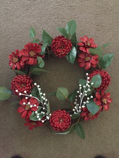 Make a faux succulent wreath from pine cones! Paint pine cones to look like succulents then arrange on a grapevine wreath! Fall Pine Cone Wreath Fall Wreath Pine Cone by CraftElegance - Salvabrani This Pin was discovered by Nar Christmas Pine Cones, Christmas Wreaths, Christmas Crafts, Christmas Decorations, Pine Cone Art, Pine Cone Crafts, Pine Cone Flower Wreath, Painted Pinecones, Pine Cone Decorations
