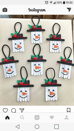 basteln kinder einfach 10 Easy Snowman Crafts for Kids and Adults ⋆ بالعربي نتعلم Christmas Crafts For Kids, Christmas Activities, Craft Stick Crafts, Christmas Projects, Kids Christmas, Holiday Crafts, Toilet Paper Crafts, Popsicle Crafts, Christmas Eve Box