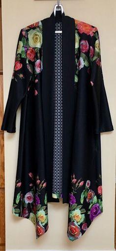 Vogue 1540 jacket/cardigan made in a scuba knit by EmmaMaiStitches. #V1540 Pattern by Sandra Betzina. #digitalflorals