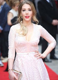Katherine Ryan, White Dress, Dresses With Sleeves, Long Sleeve, Beautiful, Hollywood, Fashion, Moda, White Dress Outfit