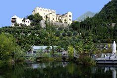 Trauttmansdorff kasteel en botanische tuinen in Merano Italië